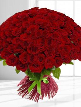 Buchet de 101 trandafiri rosii