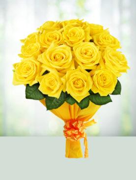 Buchet de 15 trandafiri galbeni