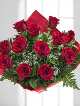 12 Trandafiri Rosii