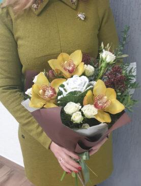 Buchet de flori - Orhidee Vesela