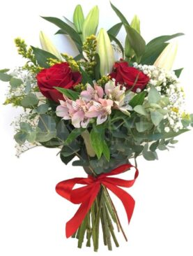 Buchet de flori cu Alstroemeria
